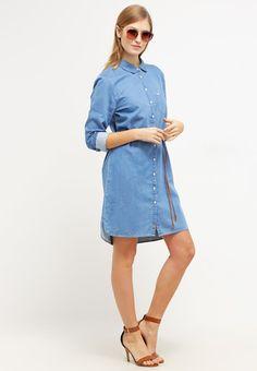 Mit Denim liegst du voll im Trend. Wrangler Jeanskleid - mid indigo für 54,95 € (12.06.16) versandkostenfrei bei Zalando bestellen.