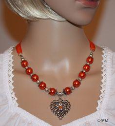 Trachtenkette mit Herz und 3D Edelweiß orange von Edelweiss51 auf Etsy