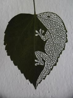 [We've posted a lot of leaf art ideas for our but here's an idea for your secondary students! (We're not sure ARK schools own the prerequisite lasers though)] Arte Floral, Motif Floral, Dry Leaf Art, Blatt Tattoos, Leaf Illustration, Leaf Crafts, Fun Crafts, Installation Art, Art Installations