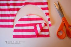 DIY baby hat - it looks SO easy!