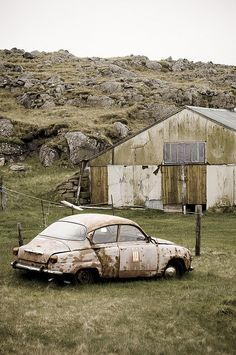 Iceland 2009 - SAAB, how not to leave a SAAB!!
