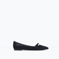 Image 1 of POINTED BALLERINAS WITH BOW from Zara