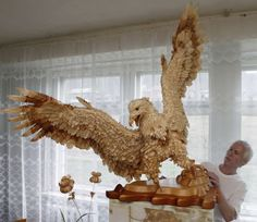 Beautiful wood chip art by Sergei Bobkov. Once upon a time he turned down for this eagle, because his art isn't for sale. Animal Statues, Animal Sculptures, Chip Art, Unique Animals, Wood Sculpture, Traditional Art, Pet Birds, Unique Art, In This World