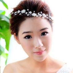 Thousand color brides flower thought that Rong the Han type diamond drill bit soft chain nuptial dress head ornaments white flowers volume decoration marries the short swirl      $12.26