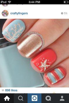 Summer Sea nail design