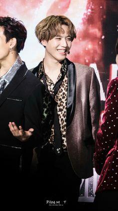 180214 Yugyeom at 7th Gaon Chart Music Awards cr: PilotMTT