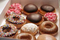 I wanna eat all the flavors of donuts in Krispy Kreme Italian Donuts, Krispy Kreme Doughnut, National Donut Day, Homemade Donuts, Tips & Tricks, Foods To Avoid, Donut Recipes, Dunkin Donuts Recipe, Vegan Doughnuts