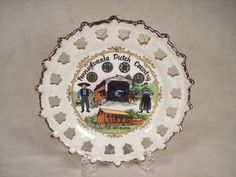 "Pennsylvania Dutch / Amish Souvenir Plate, 8"" Dia."