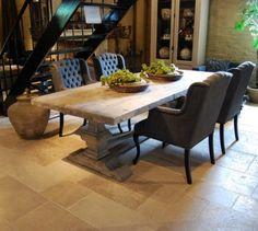 Bekijk de foto van bofleur met als titel kloostertafel met gecappitoneerde stoelen van veldzigt en andere inspirerende plaatjes op Welke.nl.