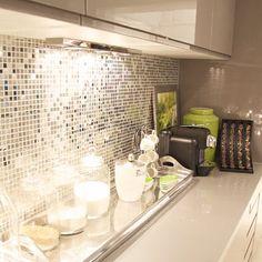 Wow, brillo en la cocina ¡Quieroooo!