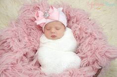 """HER FIRST BLING BOW!"" Newborn hospital hat: newborn girl/bay girl or newborn boy/baby boy. You will have the ONLY newborn hat GUARANTEED to fit & stay snug to all newborns. These make the perfect baby coming home outfit accessory. ""Infanteenie Beenies"" are the only newborn hats GUARANTEED to fit & stay snug on all newborns! Made by hand in the USA & mommy invented!!!  https://www.etsy.com/listing/181442716/ready-to-ship-baby-beanie-newborn-beanie?"