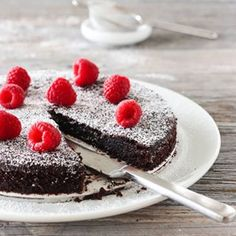 ELTEFRITT FIRKORNSBRØD MED RUG | TRINES MATBLOGG Cheesecake, Food And Drink, Desserts, Recipes, Sweet Stuff, Tailgate Desserts, Deserts, Cheesecakes, Postres