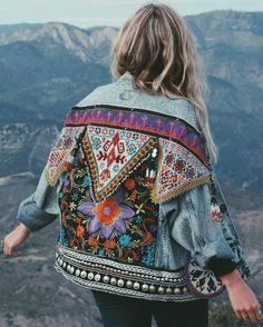 Awesome boho dresses for you to look cool and fabulous this summer - Outfit.GQ - Awesome boho dresses for you to look cool and fabulous this summer - Vintage Denim, Vintage Mode, Diy Clothes Vintage, Thrift Store Diy Clothes, Vintage Style, Looks Hippie, Bohemian Schick, Mode Hippie, Look Fashion