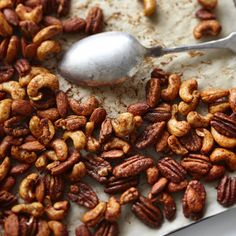 Spicy and sweet nuts: Holiday snack time - Chatelaine Nut Recipes, Snack Recipes, Lunch Snacks, Healthy Snacks, Spicy Nuts, Appetizer Recipes, Appetizers, Cooking Tips, Cooking Recipes