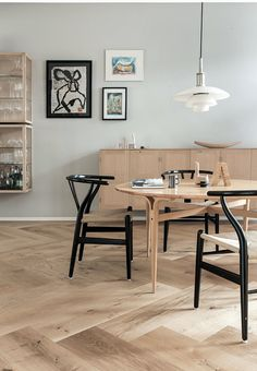 T.D.C: Round Dining Tables | Photography by Pernille Kaalund for Bo Bedre