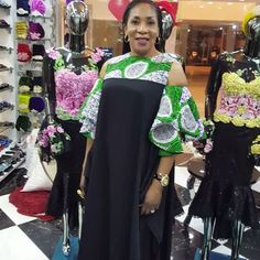 Are you a fashion designer looking for professional tailors to work with? Gazzy Consults is here to fill that void and save you the stress. We deliver both local and foreign tailors across Nigeria. Call or whatsapp 08144088142 African Fashion Ankara, African Print Dresses, African Print Fashion, African Attire, African Wear, African Women, African Lace, African Beauty, Africa Dress