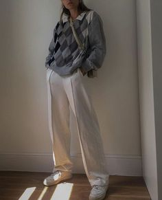 Adrette Outfits, Skater Girl Outfits, Indie Outfits, Fall Fashion Outfits, Retro Outfits, Cute Casual Outfits, Look Fashion, Fasion, Korean Fashion