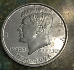 "LARGE 1976 Kennedy Half Dollar 3"" Coaster Size Medallion! HUGE Coin!"