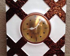 Art Deco Clock // CeramiClock by Kenwood Vintage Wall Clock Hammered Copper Sessions Clock Company / Vintage Home Decor Vintage Marketplace, Hammered Copper, Vintage Home Decor, Art Deco, Unique Jewelry, Clocks, Modern, Handmade, Orange