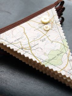 Sewing Crafts, Sewing Projects, Craft Projects, Bunting Garland, Bunting Ideas, Fabric Bunting, Paper Bunting, Map Crafts, Travel Party