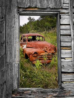 Ravages Of Time is a photograph by Randall Nyhof Source Antique Trucks, Vintage Trucks, Antique Cars, Farm Trucks, Old Trucks, Abandoned Cars, Abandoned Places, Abandoned Vehicles, Jeep Pickup Truck