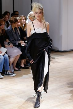 Yohji Yamamoto Spring 2015 Ready-to-Wear Collection Photos - Vogue