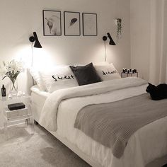 53 Beautiful White Bedroom Decoration That Will Inspire You - beste Schlafzimmerdekoration Bedroom Inspirations, White Bedroom Decor, Modern Bedroom Interior, Interior Design Bedroom, Bedroom Decor, Bedroom Diy, Home Decor, Small Bedroom, Simple Room
