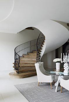 Tastefully mixes Victorian and modern. Luxury Staircase, Modern Staircase, Staircase Design, Spiral Staircases, Wrought Iron Stairs, Beautiful Stairs, Interior Architecture, Interior Design, Architectural Features