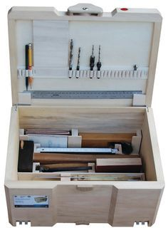Convenient for eternity Tool Box Diy, Wood Tool Box, Tool Box Storage, Wooden Tool Boxes, Workshop Storage, Wood Tools, Woodworking Hand Tools, Woodworking Workshop, Woodworking Projects