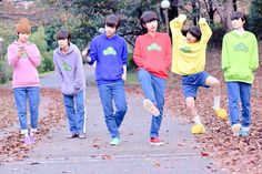 Todomatsu,Ichimatsu, Karamatsu,Osomatsu, Jyushimatsu, and Choromatsu from Osomatsu-san cosplay