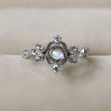 Cushion cut vintage engagement ring (37)