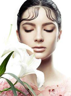 Harper's Bazaar Beauty Nov 2015 Beauty Photos, Vietnam, Beauty Portrait, Harpers Bazaar, Vogue Makeup, Beauty Makeup, Fashion Beauty, Spotlights, Google