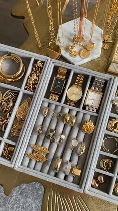 Cute Jewelry, Photo Jewelry, Jewelry Shop, Jewelry Stores, Bridal Jewelry, Gold Jewelry, Jewelery, Fashion Jewelry, Jewellery Storage