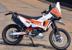 Ktm 690 with rallye raid Dakar kit