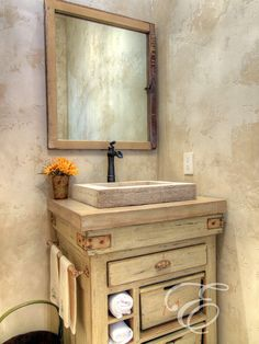 wonderful-faux-painting-techniques-for-walls-vanity-mirror-wooden-towel-rack-decorated-bathroom-design.jpg (550×734)