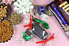How to Make Your Own Candy Bars! on http://pizzazzerie.com
