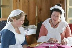 Teaching bobbin lace