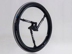 Un ancien fermier israélien devenu ingénieur a conçu avec son équipe un objet qui révolutionnera autant le quotidien des amateurs de vélo que les utilisateurs de fauteuils roulants : une roue antichoc qui améliore à la fois le confort et les...