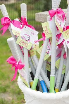 Pink golf birthday party - diy printable favor tags from chickabug. Golf Party Favors, Golf Party Decorations, Party Themes, Party Ideas, Theme Ideas, Fourth Birthday, 4th Birthday Parties, Birthday Ideas, 1st Birthday Party Favors