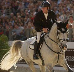 Marcus Ehning winner in the Grand Prix Hermes English Riding, Horse Girl, Grand Prix, Equestrian, Riding Helmets, Idol, Horses, Animals, Beautiful