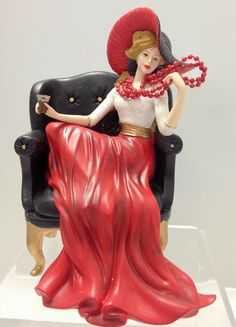"""Coca-Cola - """"Relaxing Moments with Coca Cola"""" - A Handy Refreshment Lady Figurine on a Chair"""