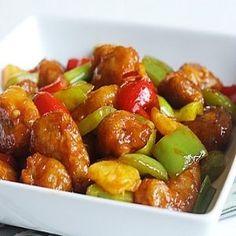Réalisez le véritable porc à la sauce aigre douce façon chinoise avec cette recette tout droit tirée d'un court de cuisine en Chine.