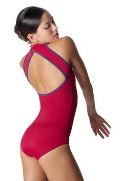 I need a new black leotard. Love this Noe model from Yumiko. I'm thinking black velvet with silver trim... Or maybe microfiber... hmmm.