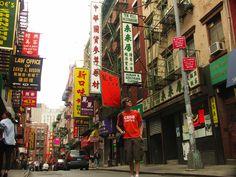 Amazing Chinatown in NY  http://visitarnovayork.com/chinatown-um-bairro-a-nao-perder-em-nova-york/