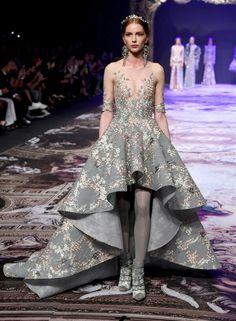Michael Cinco's Fall& 2017 couture collection Dubai Fashion, Fashion 2017, Couture Fashion, Runway Fashion, Fashion Show, High Fashion, Fashion News, Michael Cinco Haute Couture, Michael Cinco Gowns
