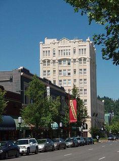 Main Street, Ashland Oregon. I love staying at the Ashland Springs Hotel :) | Festivals ...
