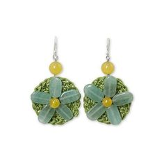 NOVICA Artisan Crafted Crocheted Earrings with Green Quartz Flowers (1.600 RUB) ❤ liked on Polyvore featuring jewelry, earrings, dangle, quartz, macrame jewelry, flower jewellery, prasiolite earrings, dangling jewelry and green quartz earrings