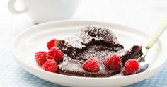 This Slowcooker Chocolate Fudge Pudding is absolutely delicious! Put it on in two hours before you plan on eating dessert Self Saucing Chocolate Pudding, Chocolate Fudge, Slow Cooker Desserts, Slow Cooker Recipes, Crockpot Meals, Slow Cooking, Milktart Recipe, Hot Desserts, Sweets Cake