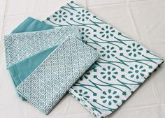 http://www.giftloft.co.nz/products/tint-blue-lagoon-table-runner-and-napkins-set Update a woman's décor (or treat your own décor) with the European tint range of table runners and napkins. This blue lagoon design is stunning. Mix and match the napkins for a stylish table setting.