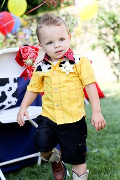 Cute Toy Story birthday outfit #toystory #birthday #outfit